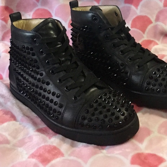 ad73f4d5097 Christian Louboutin, Louis flat leather sneakers